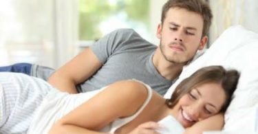 Signs Your Girlfriend Is Cheating On You And What To Do About It